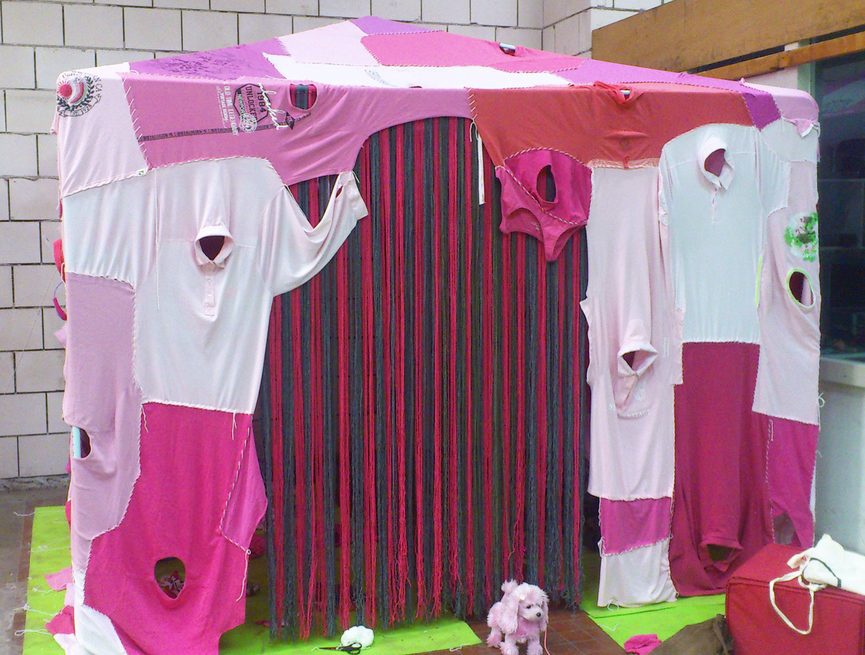 clothing_tent_pink_1