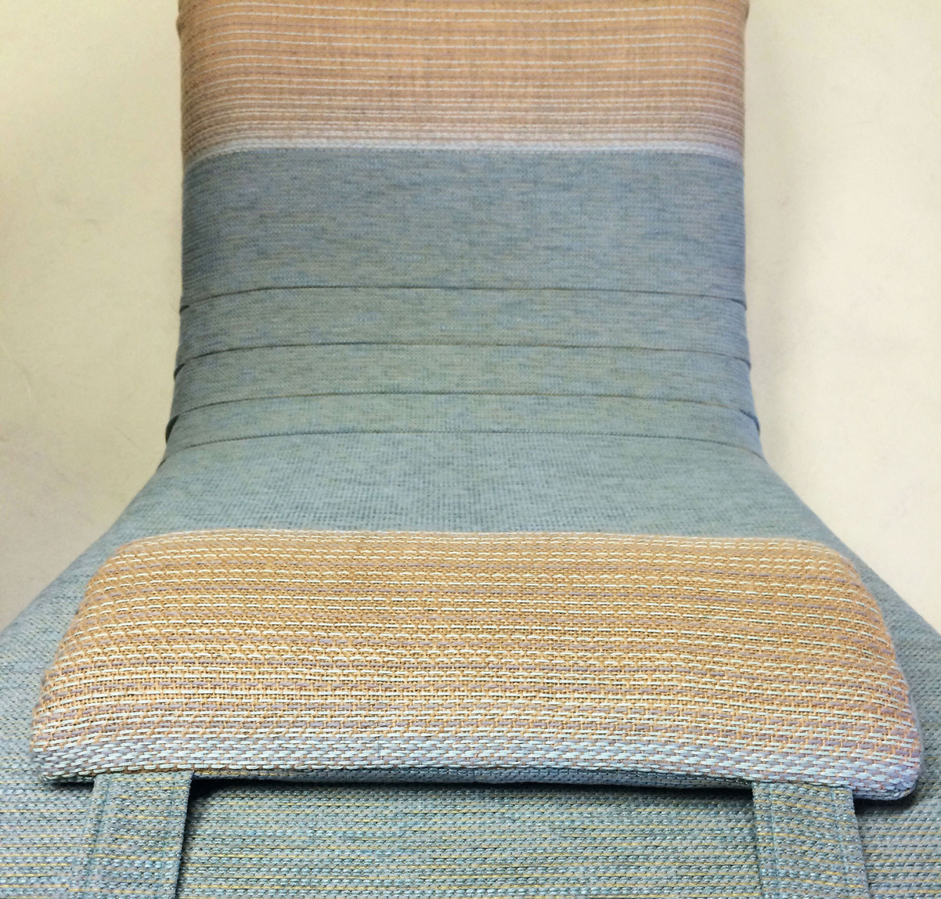 lounge_chair_embroidered_burlap_3