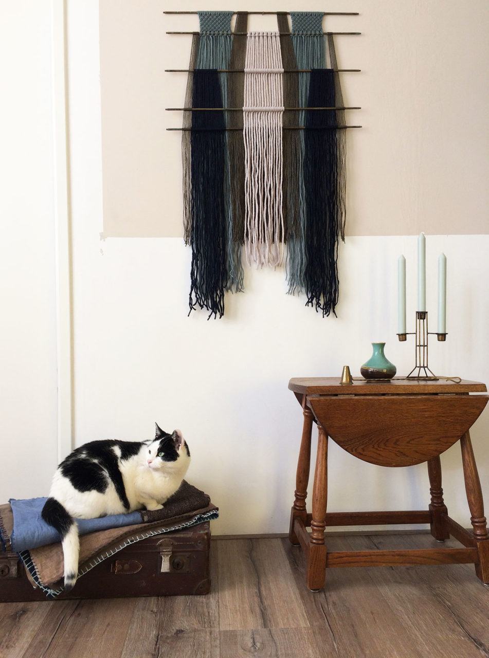 macrame_wall_hanging_stair_rods_1