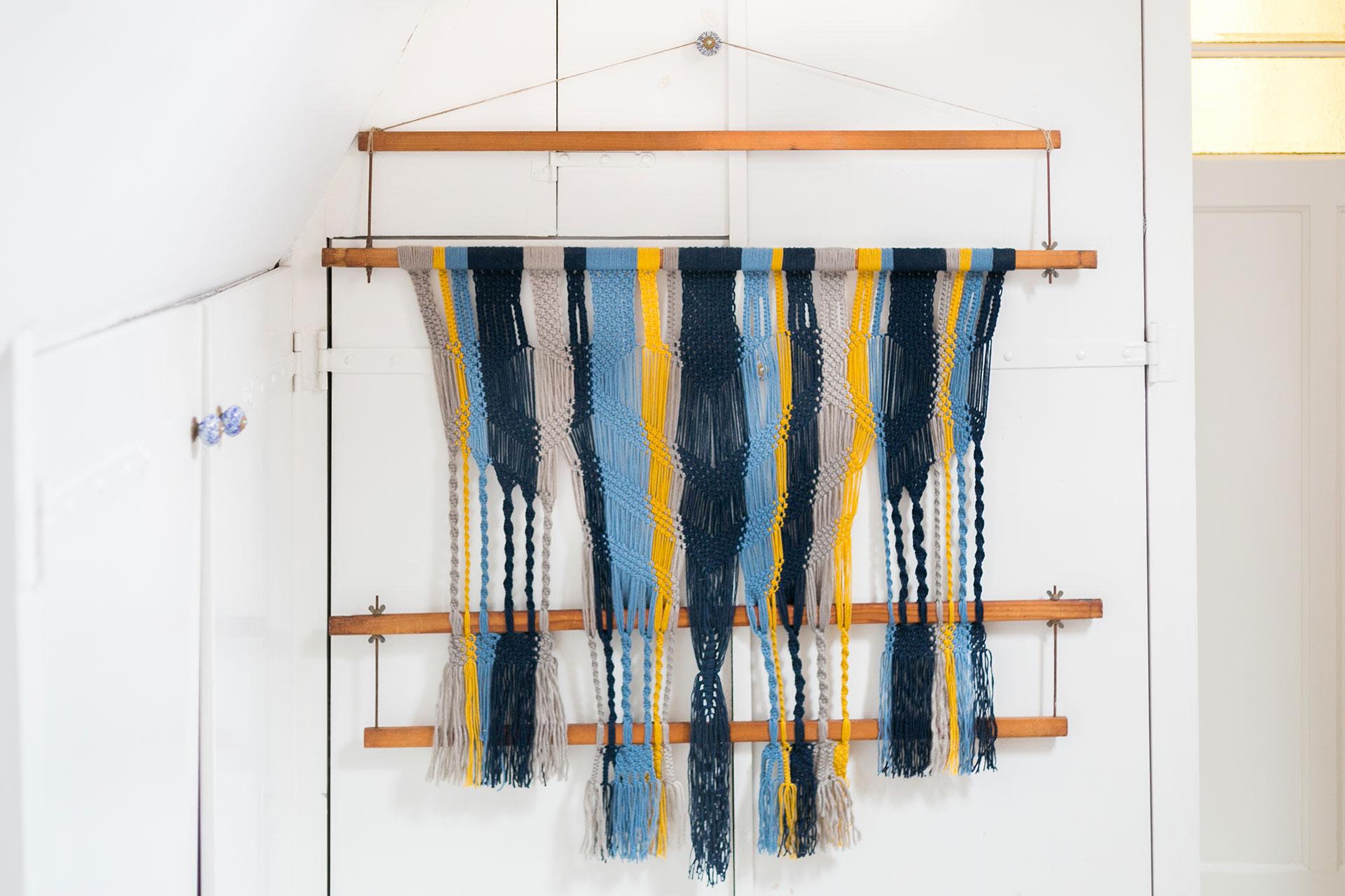 wallhanging_macrame_weaving_loom