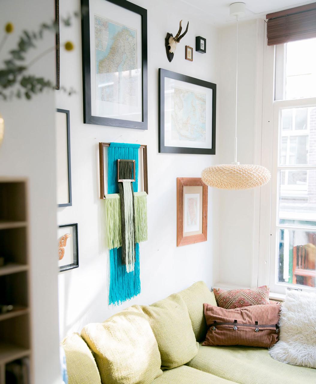wallhanging_yarn_room