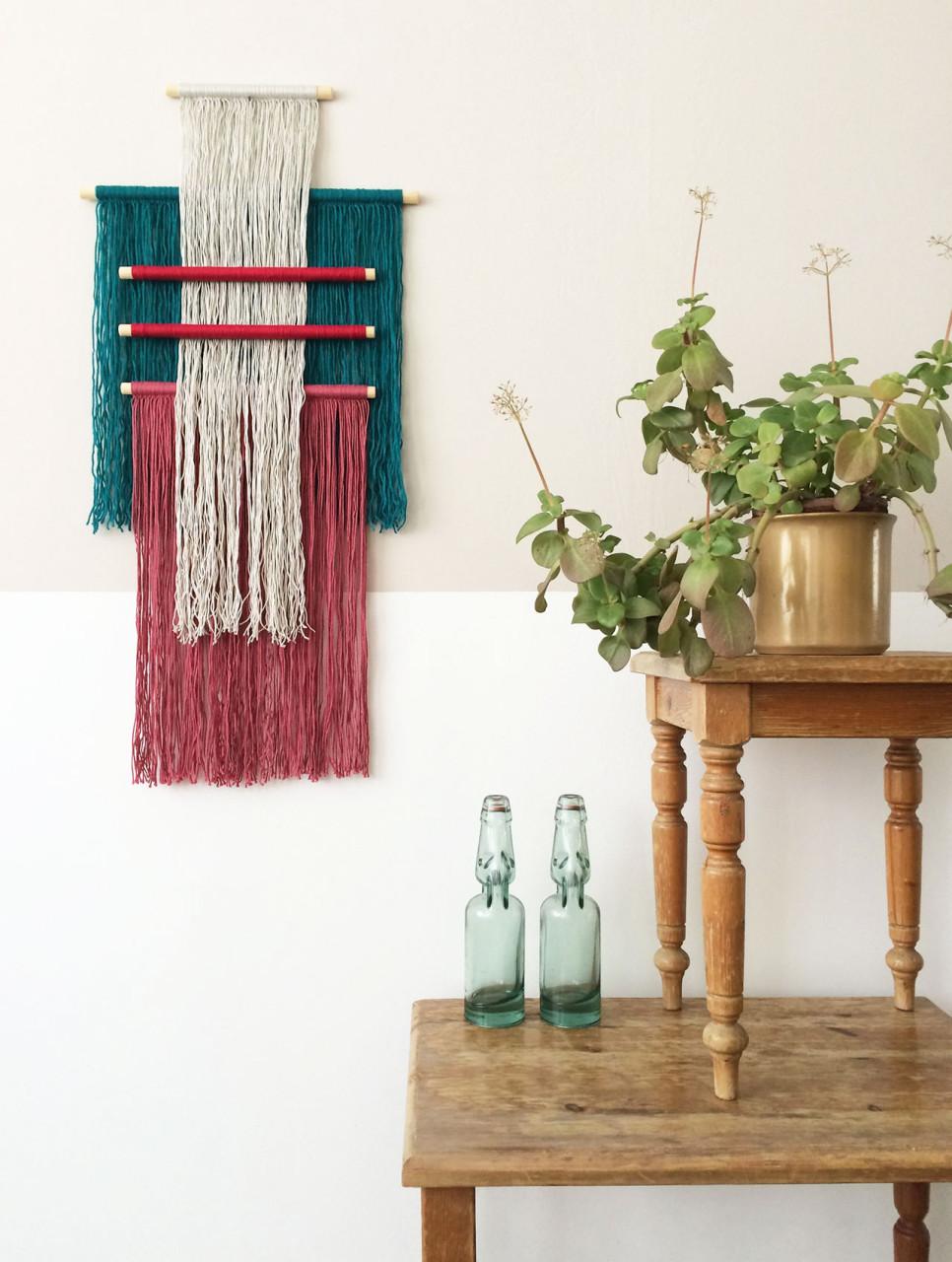wallhanging_yarn_sticks_1
