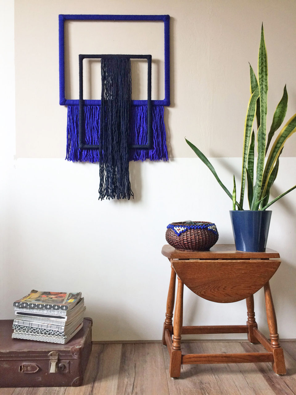 wallhanging_yarn_wrapped_frames_blue_1