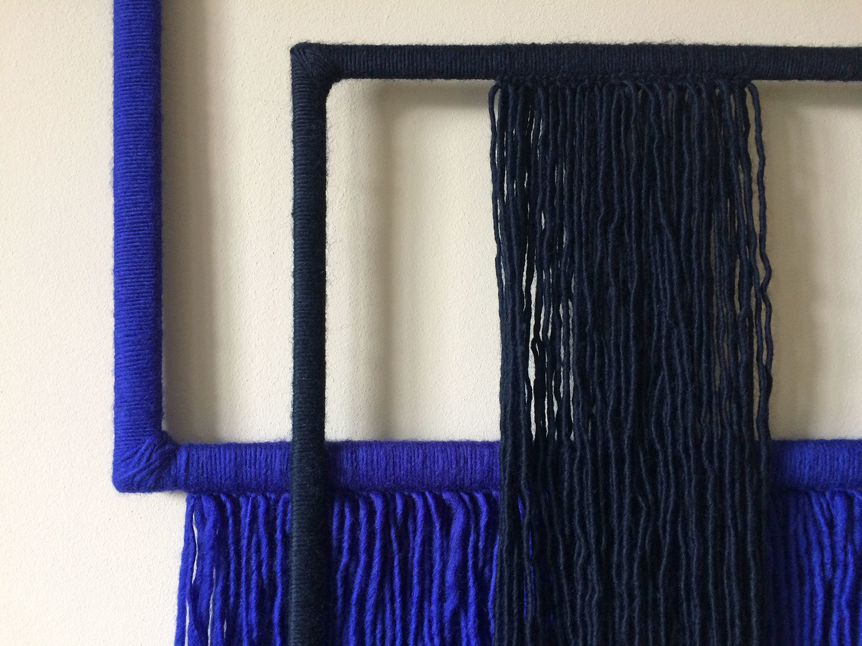 wallhanging_yarn_wrapped_frames_blue_4