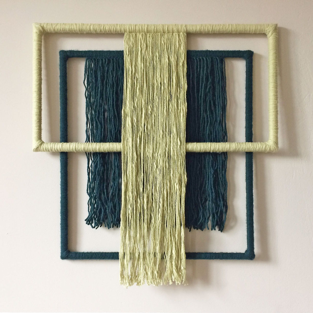 wallhanging_yarn_wrapped_green_3