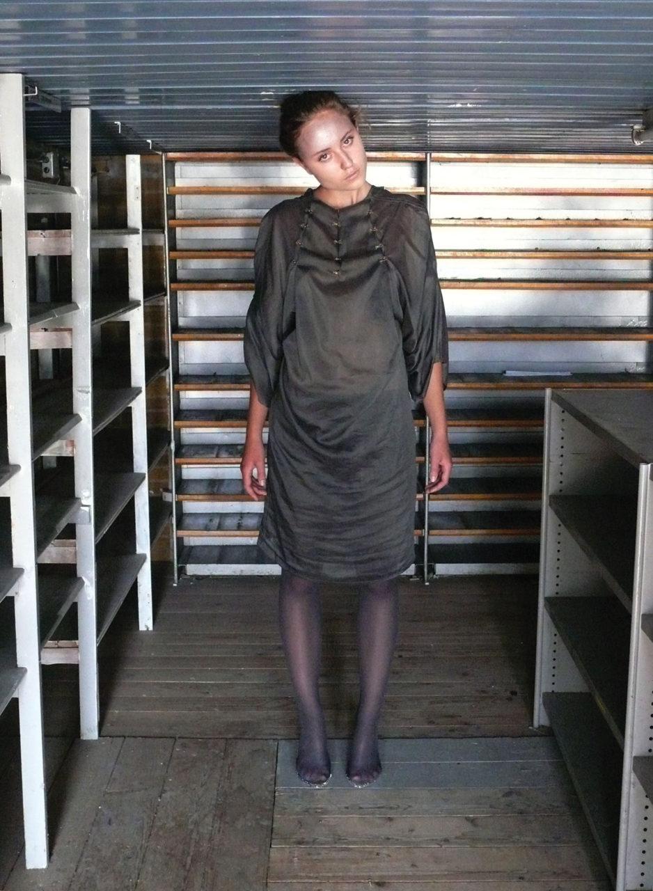 disorder_dark_grey_dress_annienke