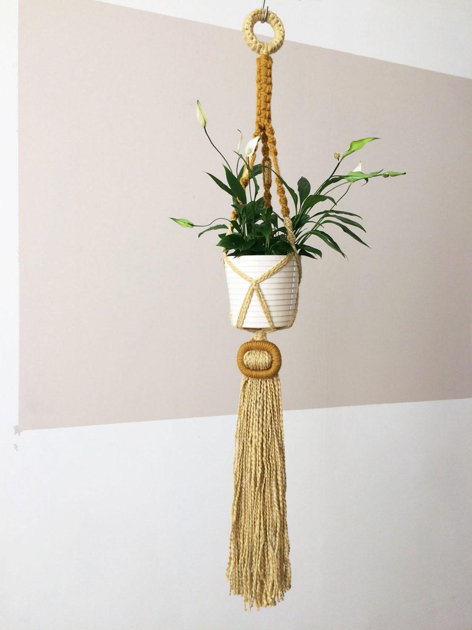 Buckle_Macrame_Plant_Hanger_03_Ochre_LightYellow