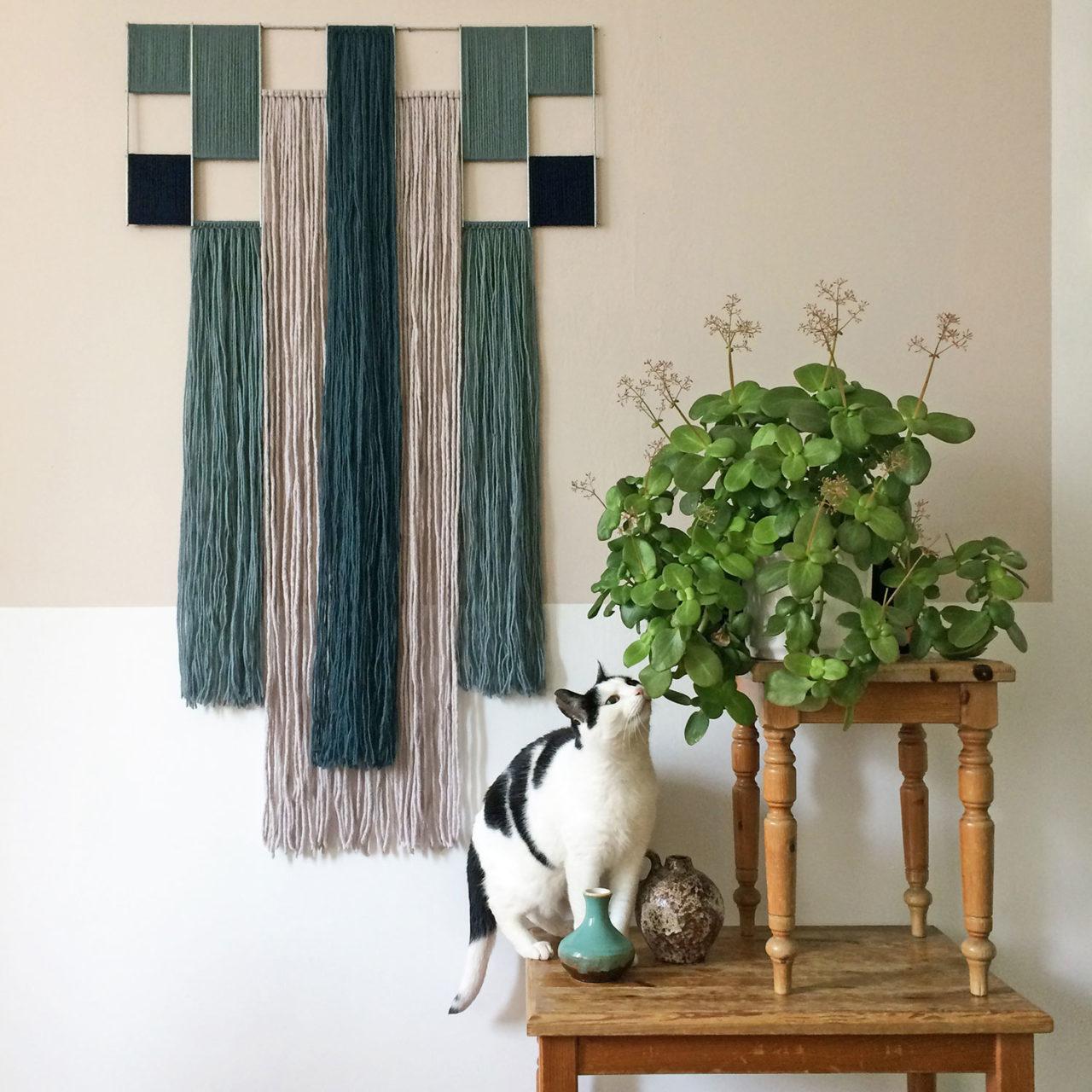 yarn_wallhanging_blue_gray_annienke_duno_1